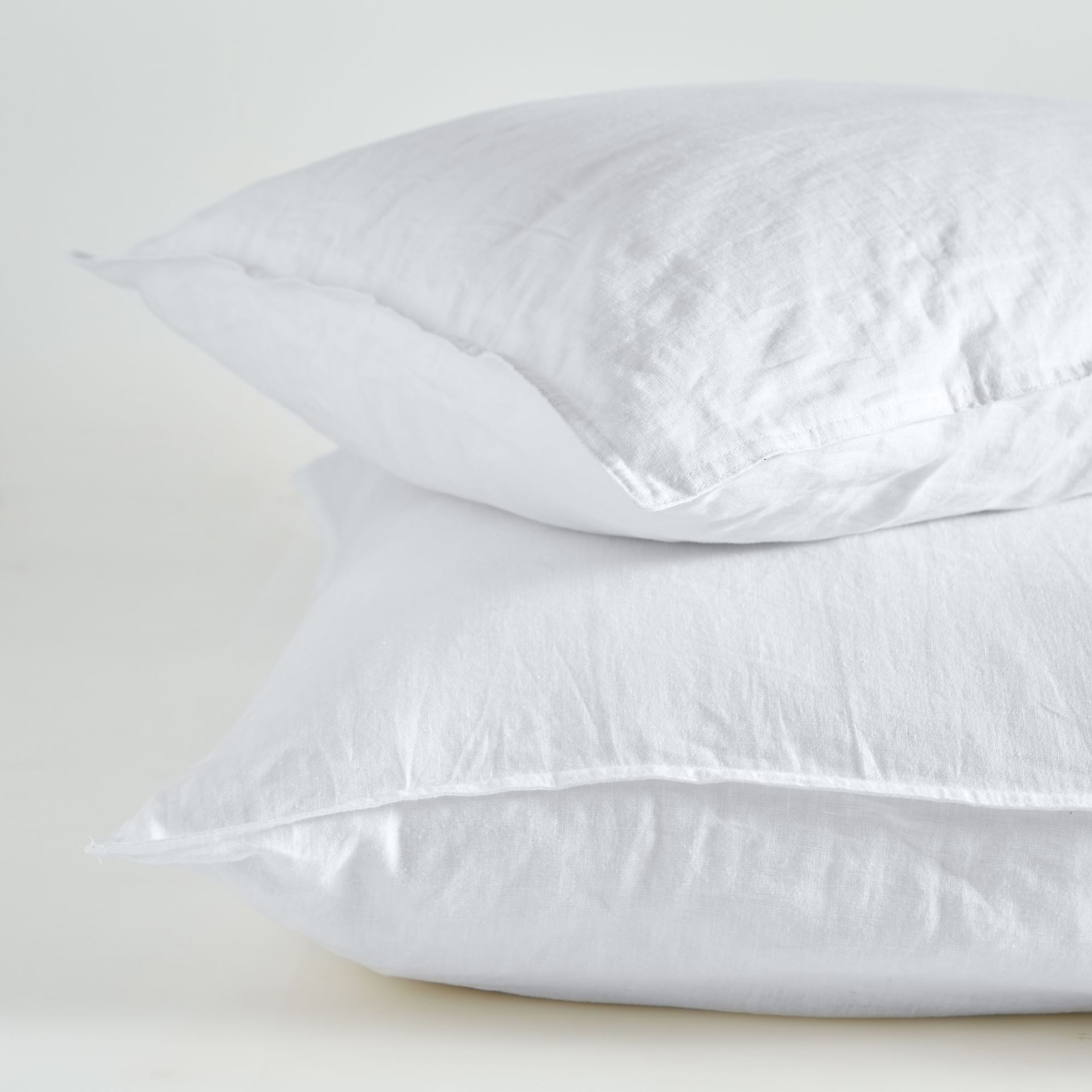 Picture of Pure Linen Standard Pillow Case Pair – White